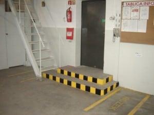 5S - systematyka - oznakowanie schodów